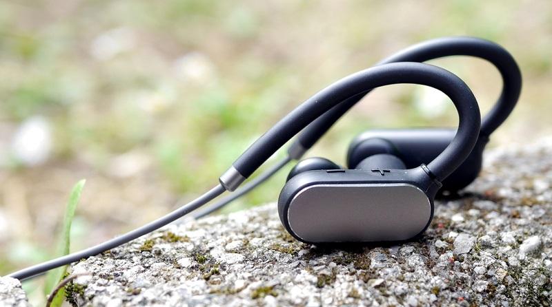Jakie słuchawki Xiaomi najlepsze? Poradnik zakupowy i Ranking słuchawek marki Xiaomi.